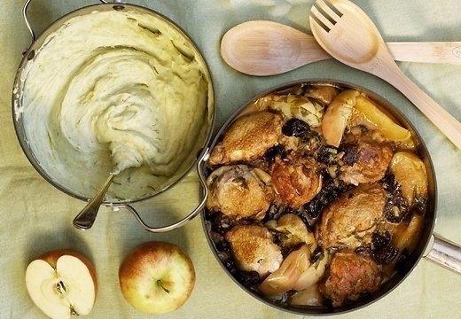 Куриное филе с яблоками и черносливом 0