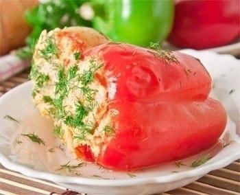 Перец фаршированный рисом и мясом.