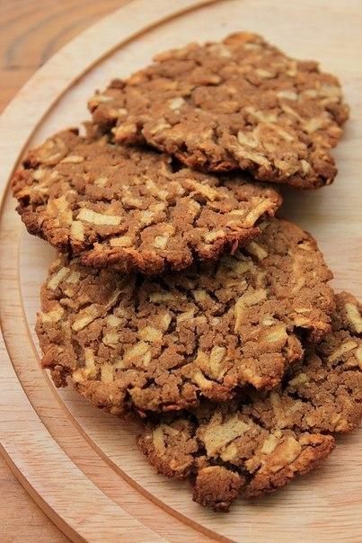 Гречневое печенье с яблоком.